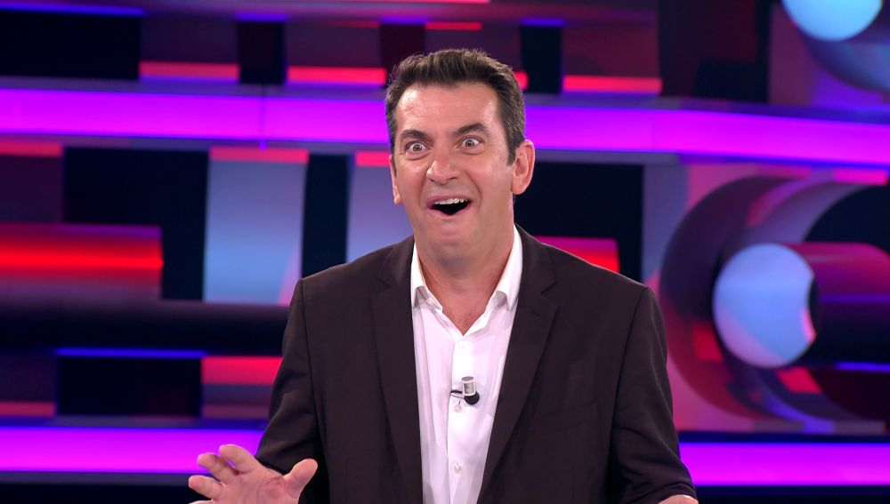 """""""Te va a molar"""": Arturo Valls, maravillado con el apodo y los apellidos de un concursante de '¡Ahora caigo!'"""