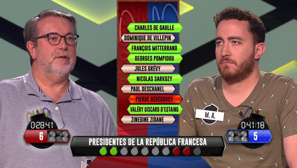 Ajustadísima fase táctica que declara la derrota a M. A., de 'Los dispersos' contra Mario, de 'Los del Belgrado'