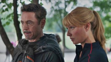 Gwyneth Paltrow y Robert Downey Jr. como Iron Man y Pepper Potts