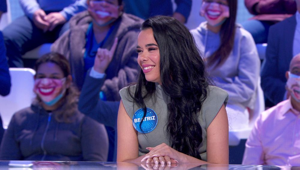 Una respuesta privada de Maluma: Beatriz Luengo habla de su versión de 'Hawái' en 'Pasapalabra'