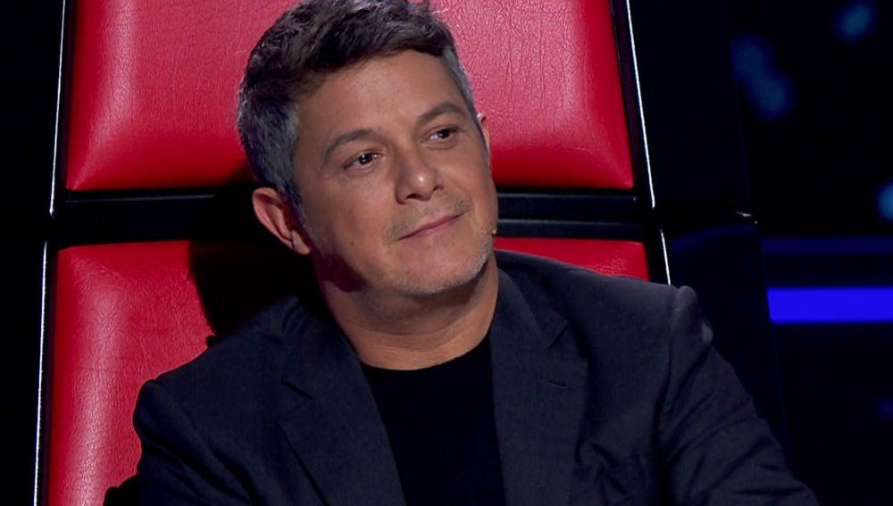 Una talent pierde los nervios cuando Alejandro Sanz se gira en 'La Voz'