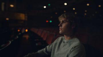 Justin Bieber en el videoclip de 'Lonely'