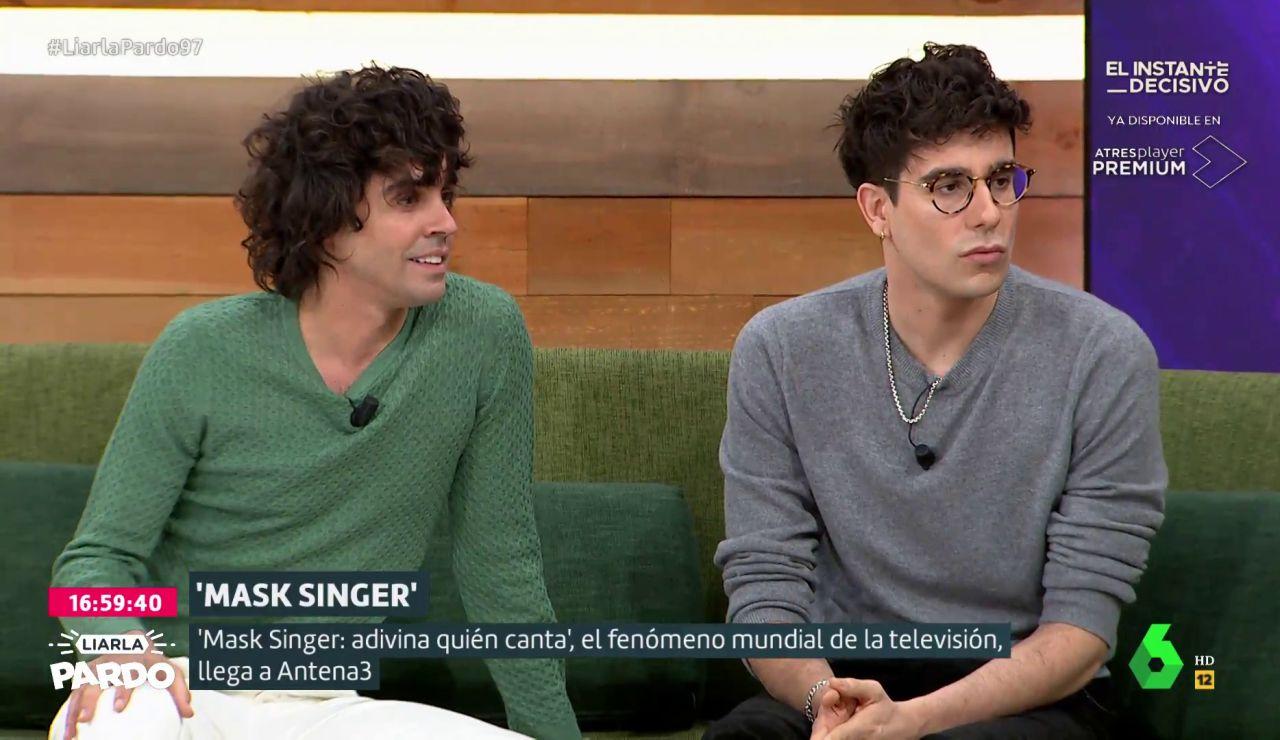 """Javier Calvo y Javier Ambrossi, sobre 'Mask Singer: adivina quién canta': """"Los doce famosos son gente que no está habitualmente en televisión"""""""