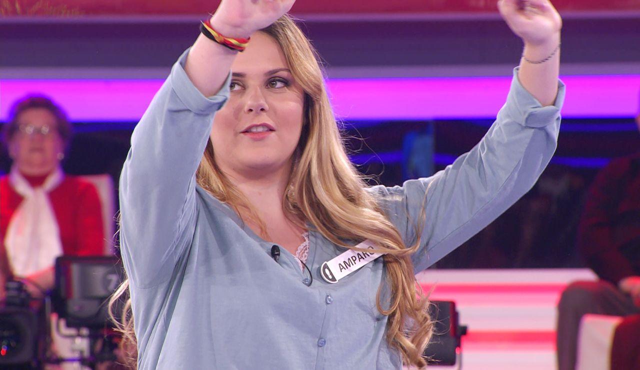 Arturo Valls recibe una clase de jotas con una fallera valenciana en '¡Ahora caigo!'