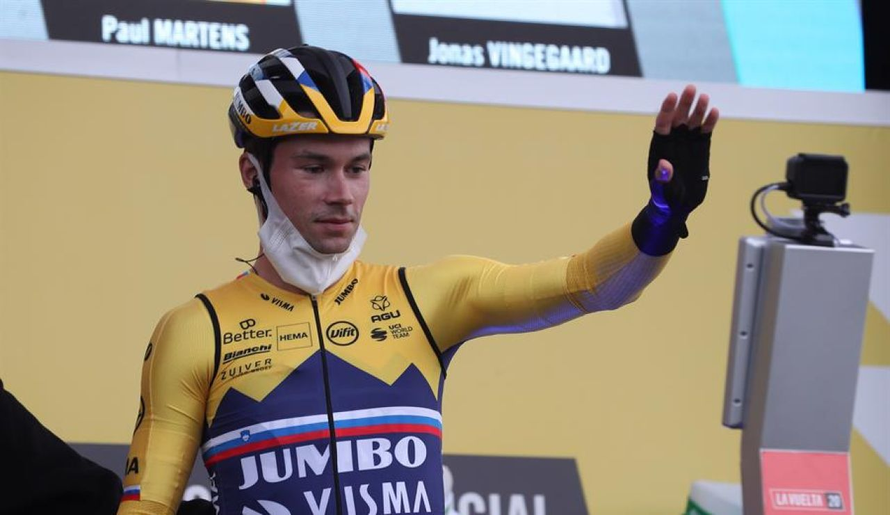 Primoz Roglic gana en Arrate y se enfunda el primer maillot rojo de la Vuelta a España 2020