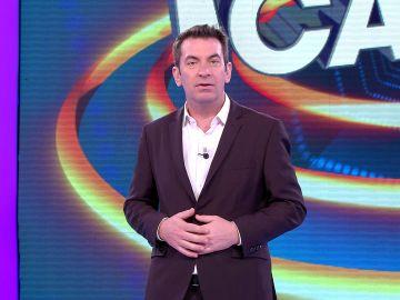 ¡Qué escándalo! Arturo Valls confiesa el incómodo momento que ha vivido en la cama con su mujer