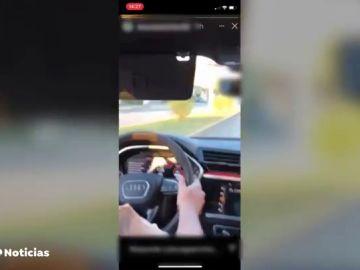 Identifican a dos jóvenes que circulaban a 148 km/h en una zona de 20km/h en Granada con un coche alquilado por 300 euros día