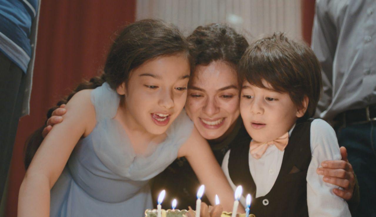 El romántico regalo de cumpleaños de Arif a Bahar: ¿le entrega su corazón?