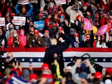 Así son los mítines de Donald Trump en pleno coronavirus