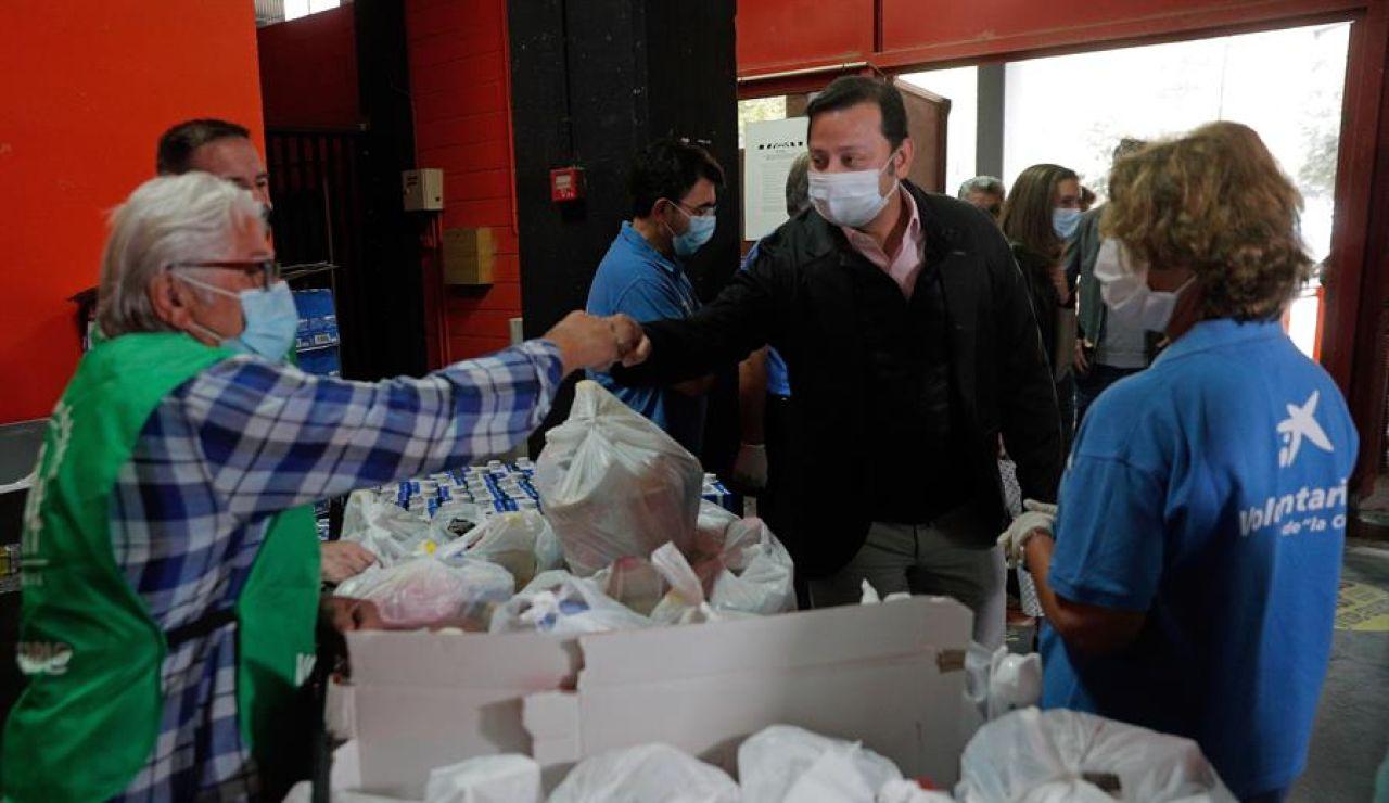 """El Banco de Alimentaos de Valencia ayuda ya a más de 6.000 familias: """"Vienen jóvenes que se han quedado en paro"""""""