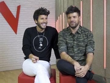 """Pablo López y Sebastián Yatra, alegría y mucho esfuerzo antes de los Asaltos de 'La Voz': """"Debemos dejarnos llevar por las emociones"""""""