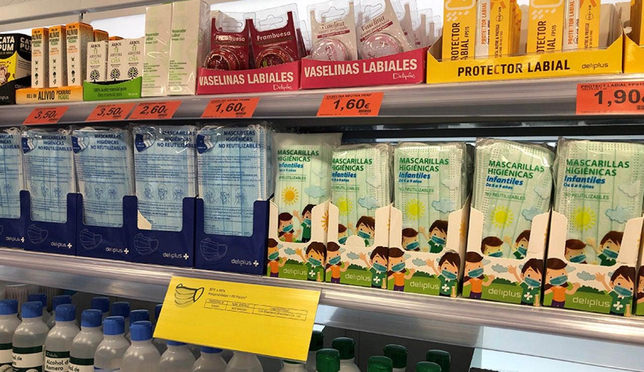 Estas son las mejores mascarillas higiénicas de los supermercados, según la OCU