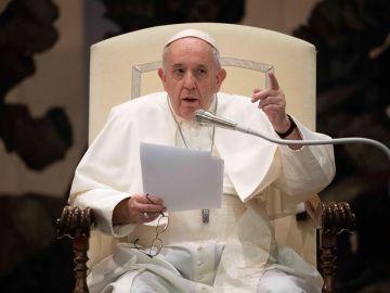 El Papa Francisco a favor de una ley que regule las uniones civiles de los homosexuales