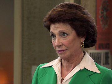 Isabel presiona a Guillermo para que comience una relación con Cristina