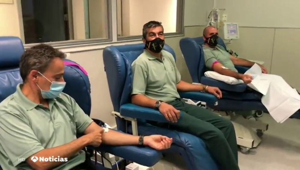 Dos agentes de la Guardia Civil en La Rioja donan su plasma tras superar el coronavirus