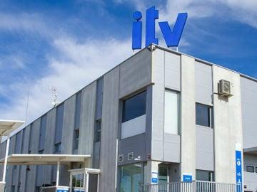 Casi seis millones de vehículos circulan con la ITV caducada en nuestro país