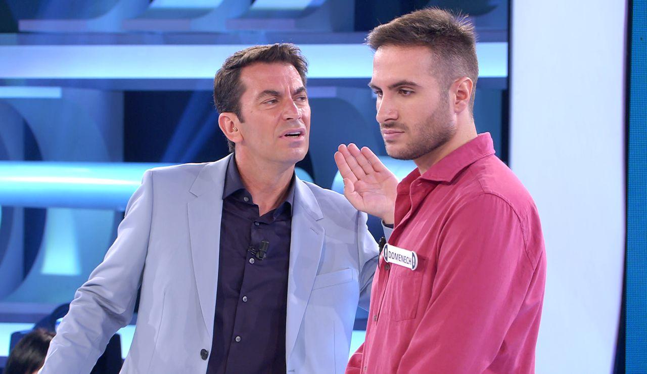El surrealista momento en el que una llamada interrumpe a Arturo Valls en pleno '¡Ahora caigo!'