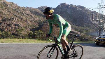 Roglic gana la 'crono' de Ézaro y recupera el liderato de la Vuelta a España