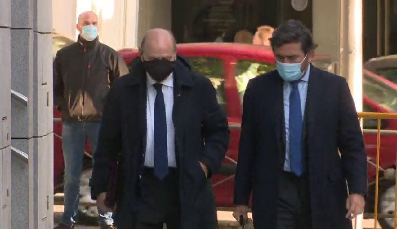 El juez ordena un careo entre el exministro Fernández Díaz y su ex número 2 para aclarar el supuesto espionaje a Luis Bárcenas