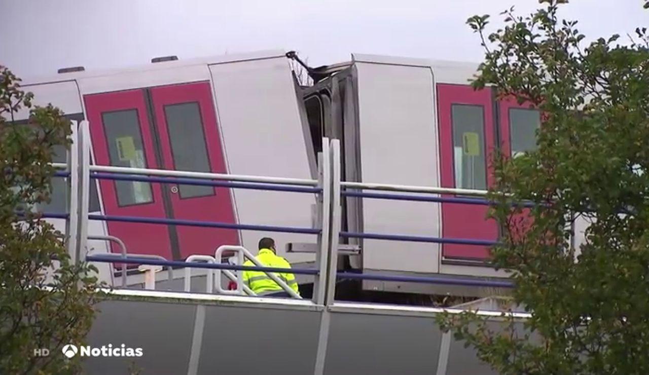 Dos colas de ballena evitan una catástrofe en el metro de Holanda