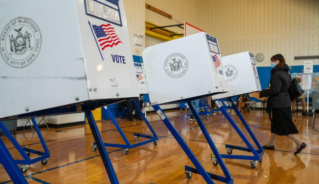 Las 'máquinas' de los colegios electorales en las que se registra el voto.
