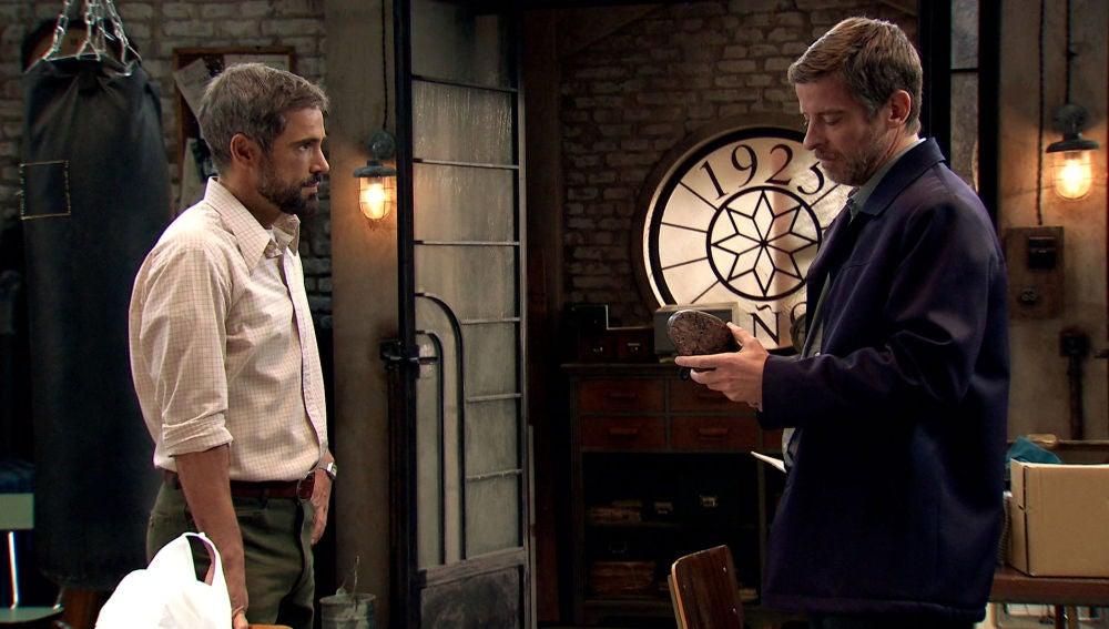 Marcelino busca consuelo en Gorka y se topa con una pista clave para la investigación