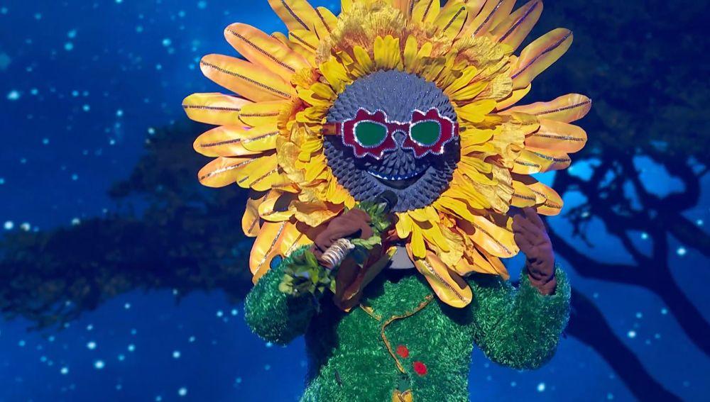 El Girasol inunda el plató con su luz al ritmo de 'Circle of life' de Elton John
