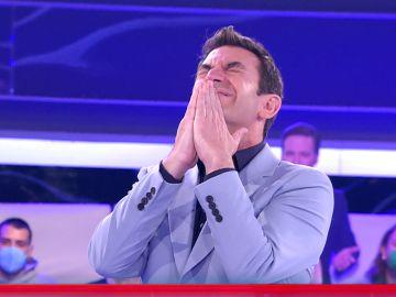 Arturo Valls, asombrado por el desconocimiento musical de un concursante de '¡Ahora caigo!'
