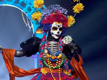 Catrina emociona con 'La Llorona' de Chavela Vargas en 'Mask Singer'