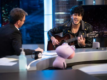 Sebastián Yatra enamora en 'El Hormiguero 3.0' con una canción compuesta junto a Pablo López