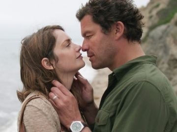 Ruth Wilson y Dominic West en 'The Affair'