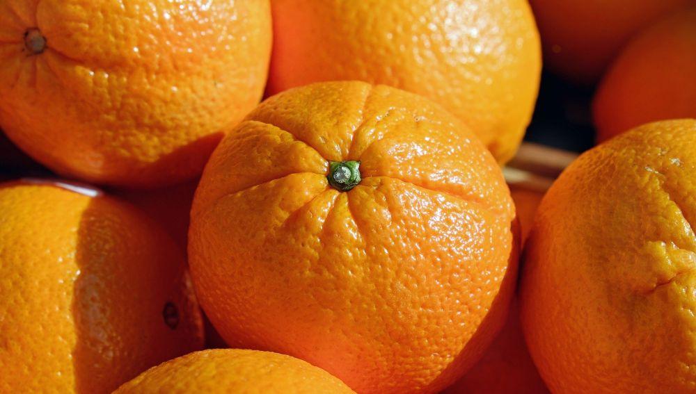 Karlos Arguiñano y su maestría para pelar la naranja sin tocarla