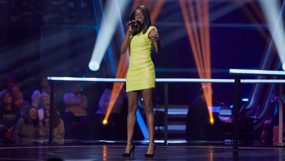 Aisha Fay canta 'This is me' en los Asaltos de 'La Voz'
