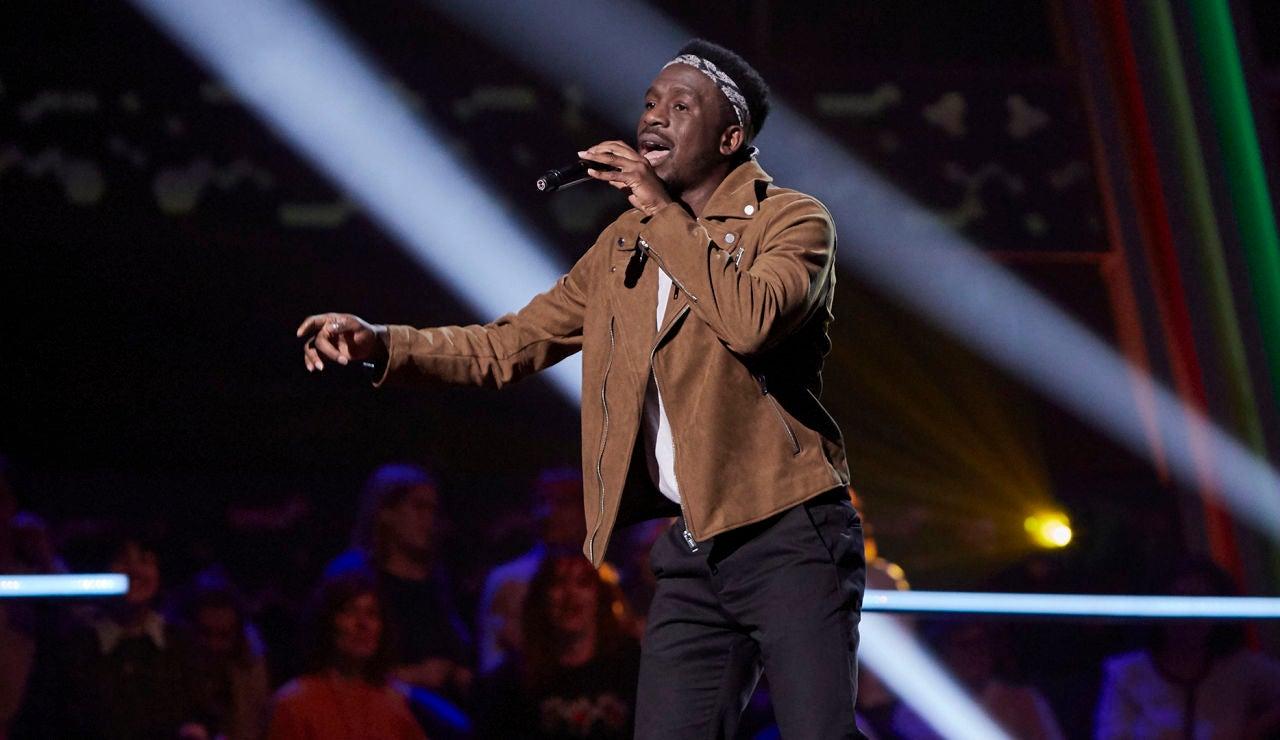 Kelly canta 'Hotel California' en los Asaltos de 'La Voz'