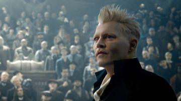 El actor Johnny Depp, en una escena de 'Animales Fantásticos: Los crímenes de Grindelwald'
