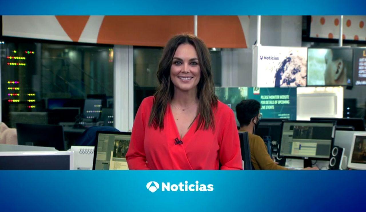 Mónica Carrillo felicita a Alexa