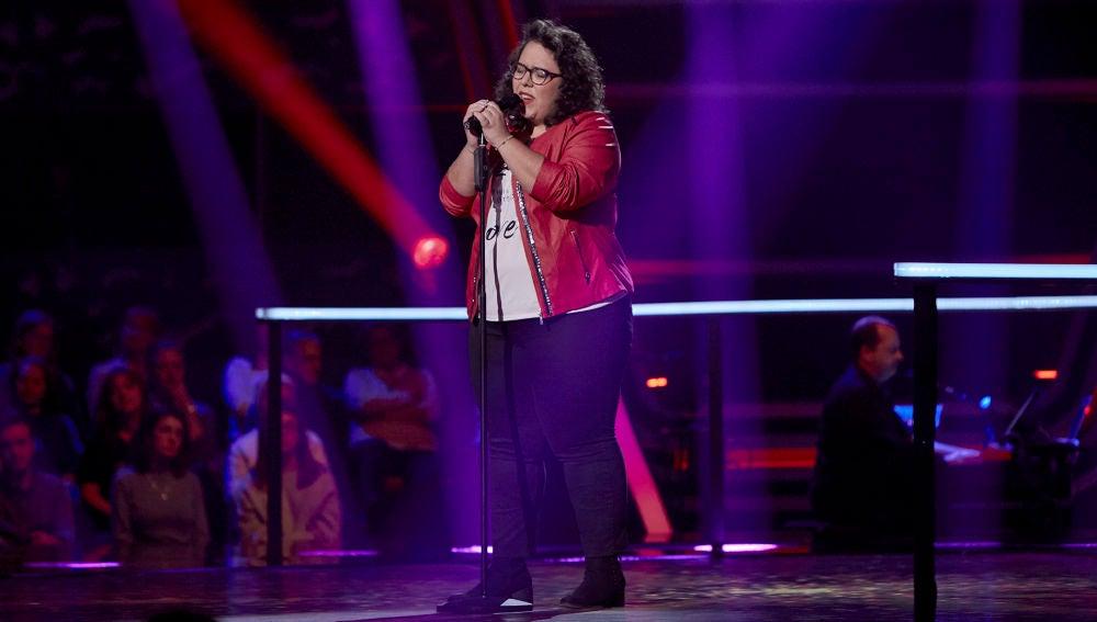 Marta Santos Canta Garganta Con Arena En Los Asaltos De La Voz