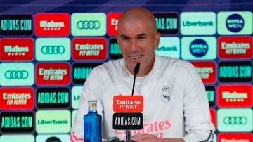 """Deportes Antena 3 (07-11-20) Zidane, tras los positivos de Casemiro y Hazard: """"Es desconcertante, pero hay gente que lo pasa peor"""""""