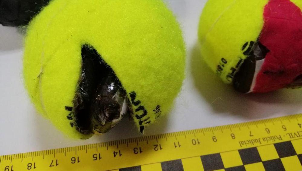 Detenido por arrojar pelotas de tenis con droga en su interior a la cárcel de Tenerife