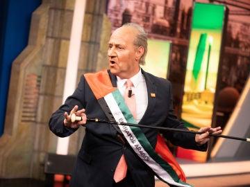 """Así ha sido la inesperada visita del 'rey emérito Juan Carlos I': """"Yo también quiero la tarjeta de 'El Hormiguero 3.0'"""""""
