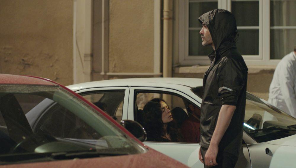 Nunca tan cerca como ahora: ¿Llegan a cruzarse las miradas de Bahar y Sarp?