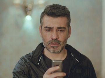 Su corazón da un vuelco: Sarp recibe la llamada de Bahar a través del móvil de Enver