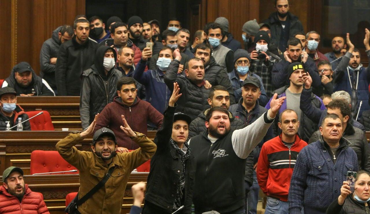 Protestas en Armenia tras el acuerdo de paz con Azerbaiyán