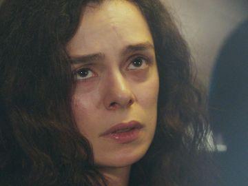 Avance de 'Mujer': ¿Descubre Bahar que Sarp está a su lado? Su vida, a punto de cambiar para siempre
