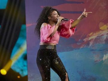 Dayana Emma canta 'Tengo un trato' en la Fase Final de 'La Voz'