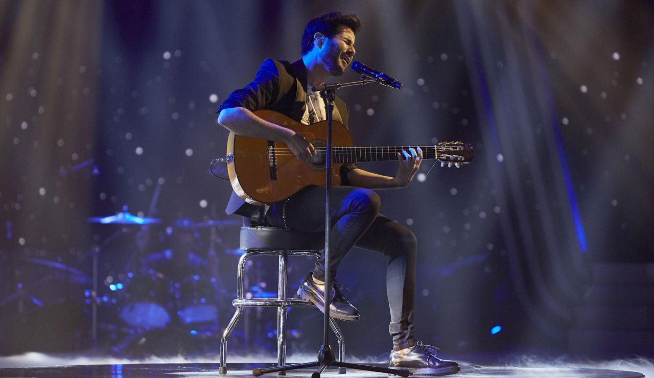 Juan José Alba canta 'Sólo luz' en la Fase Final de 'La Voz'