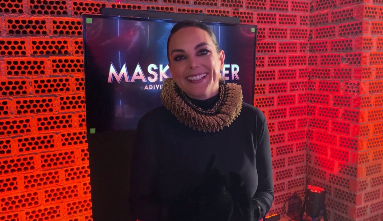 La primera reacción de Mónica Carrillo tras las cámaras de 'Mask Singer' al desvelar su identidad