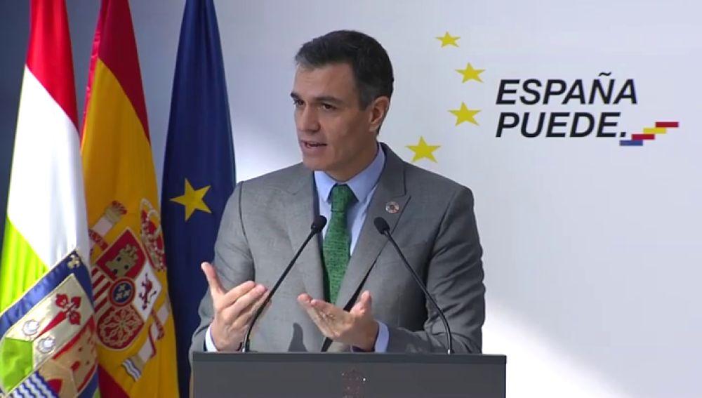"""Pedro Sánchez anuncia que """"una parte muy sustancial de la población española"""" será vacunada en el primer semestre de 2021"""