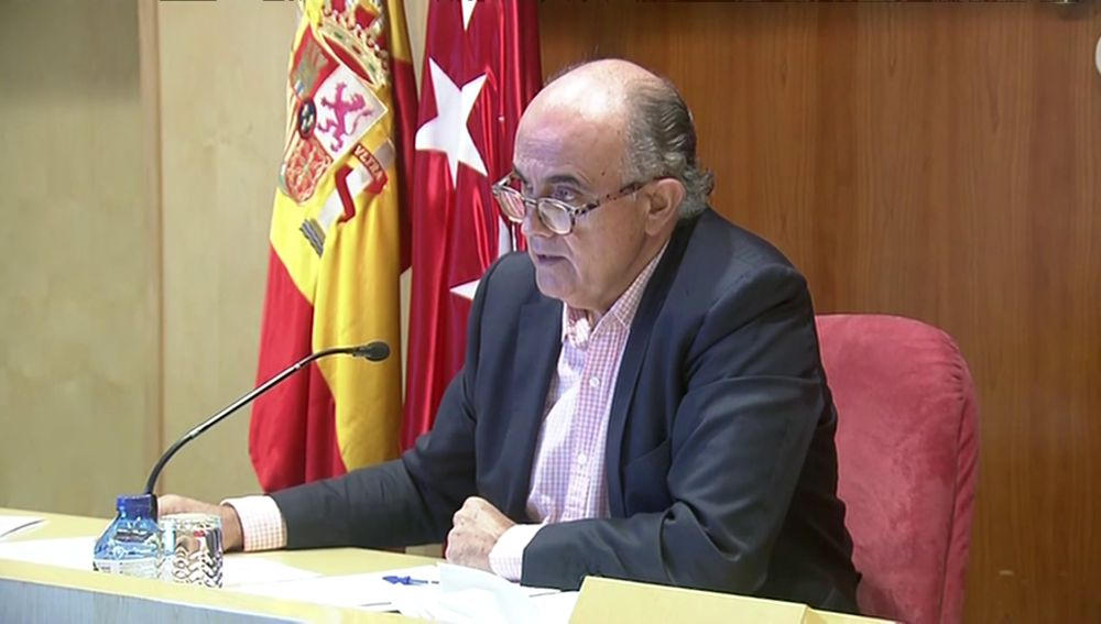 Antonio Zapatero en rueda de prensa