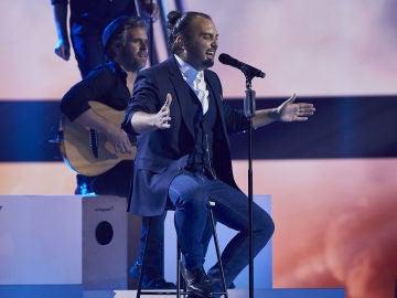 Antonio Villar canta 'El alma al aire' en la Fase Final de 'La Voz'
